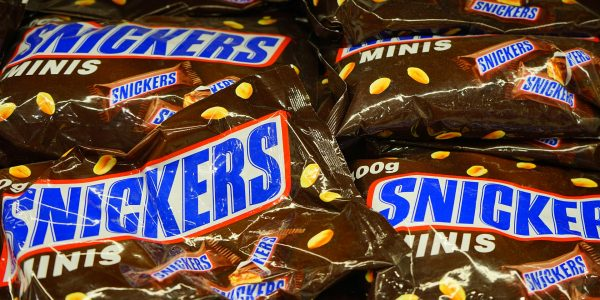 snickers-461898_1920