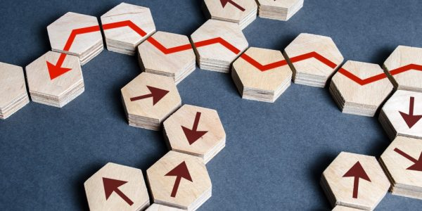strategy-development-success-planning-goal-performance-arrow-risk-lead-the-way-finds-optimal-path_t20_gRvAE7 (2)